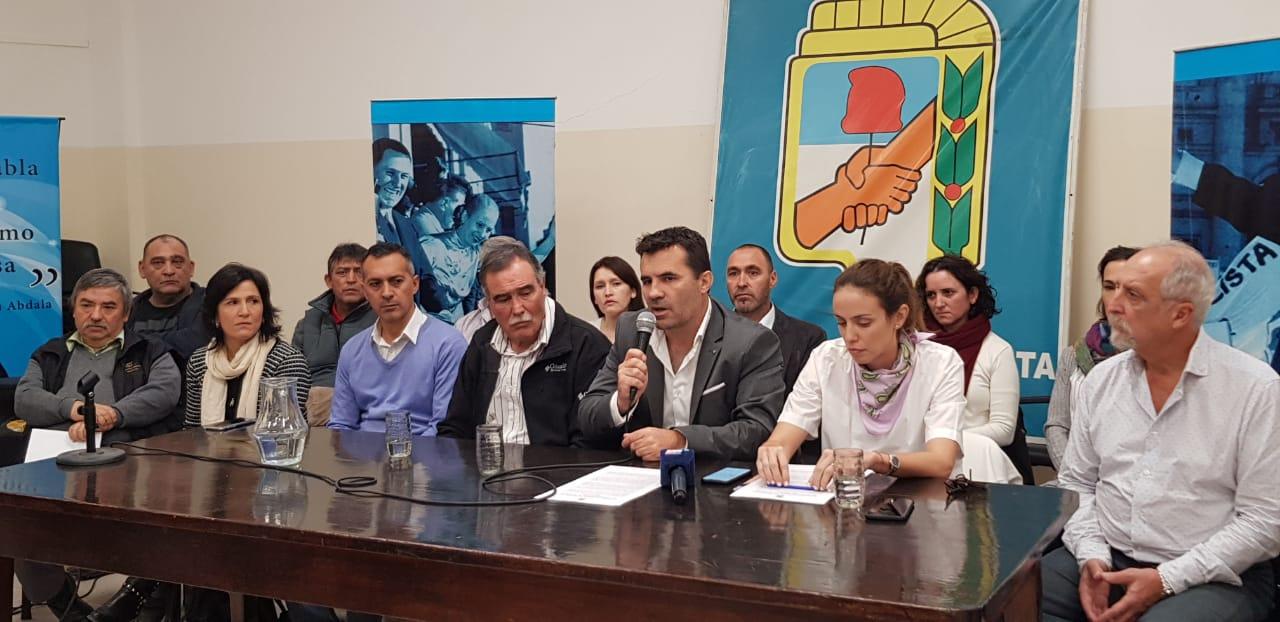 Resultado de imagen para partido justicialista en crisis logo